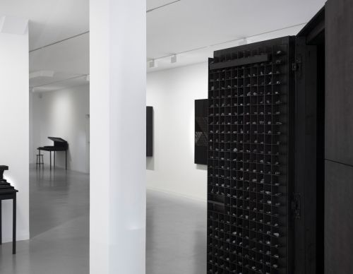 212 x 212 x 212cm, wood, black ink, 2016