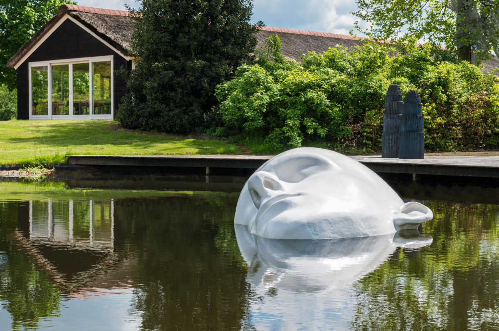 fibreglass sculpture | 2,5m x 1,8m x 0,8m